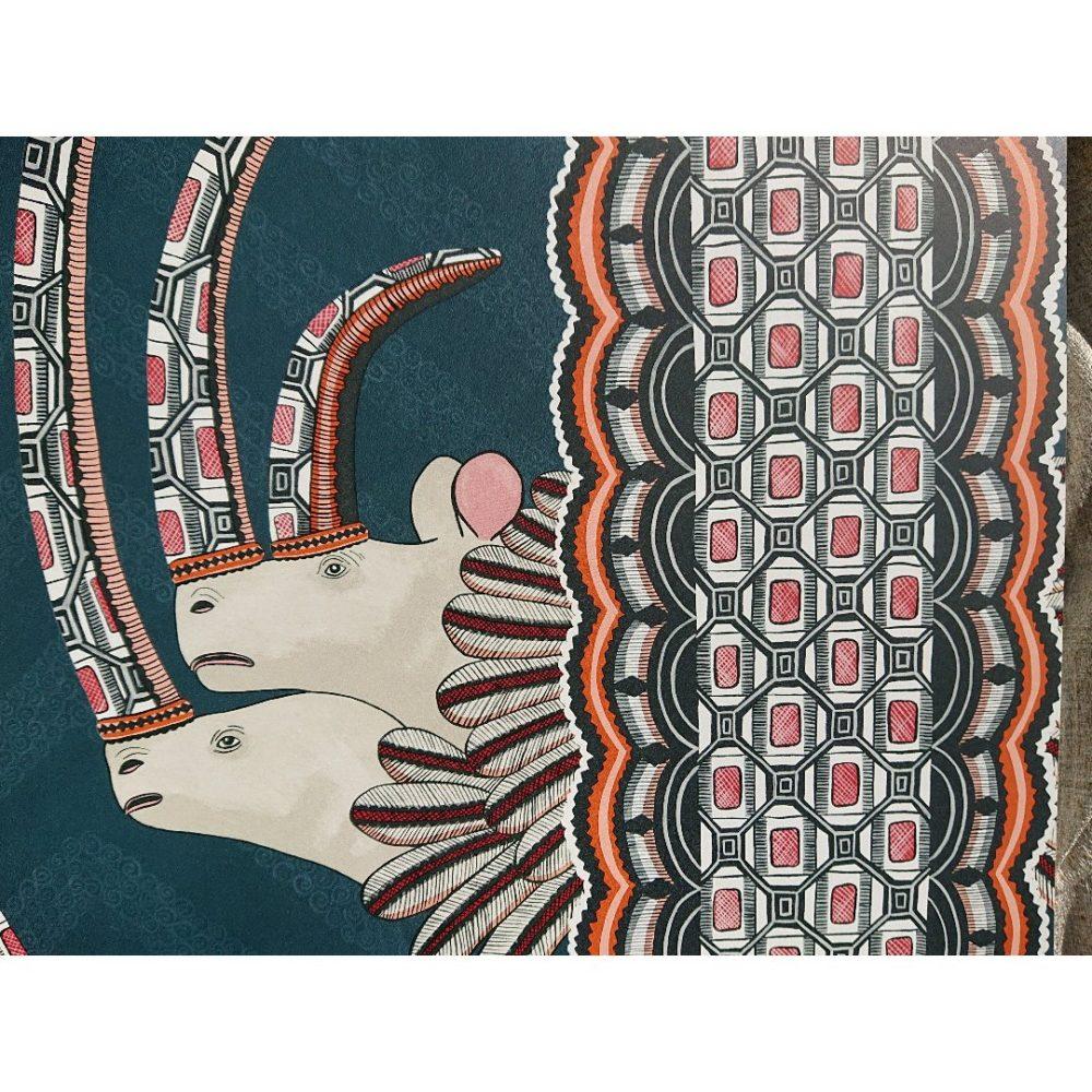 アフリカの伝統的文化を感じることのできる壁紙 インテリア紅葉スタッフブログ